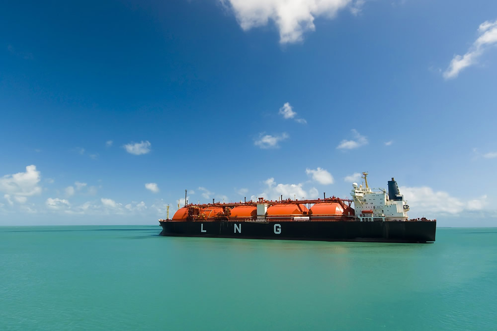 Liquid bulk vessel / oil and gas